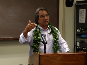 ʻElele Pono – James Anaya