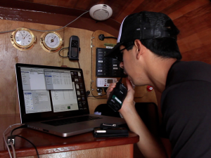 On Board Hōkūleʻa: How to Transfer Data at Sea