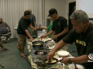 ʻAi Pono with the Hoe ʻOhana